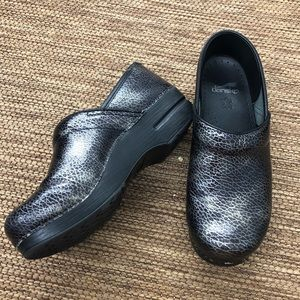 Dansko Professional Printed Leather Clogs Size 39